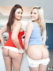 Two smoking fine big booty babies named Penelope Tyler & Dayna Vendetta.
